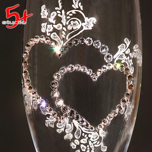 Свадебные бокалы ручной работы со стразами Swarowski
