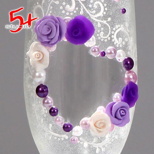 Свадебные бокалы, декорированные в цвет свадьбы